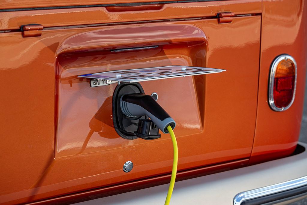volkswagen_e-BULLI_concept_electric_motor_news_12
