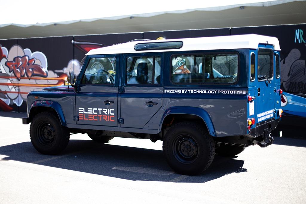 Tazzari-EV-Electric-Defender-2020_13