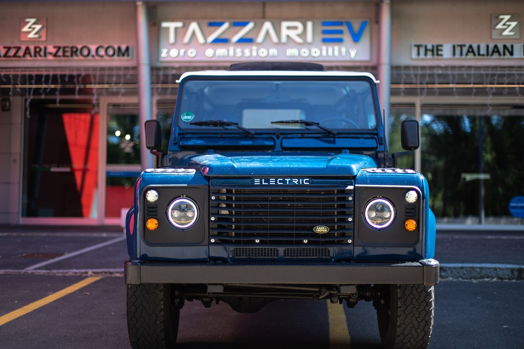Tazzari-EV-Electric-Defender-2020_24