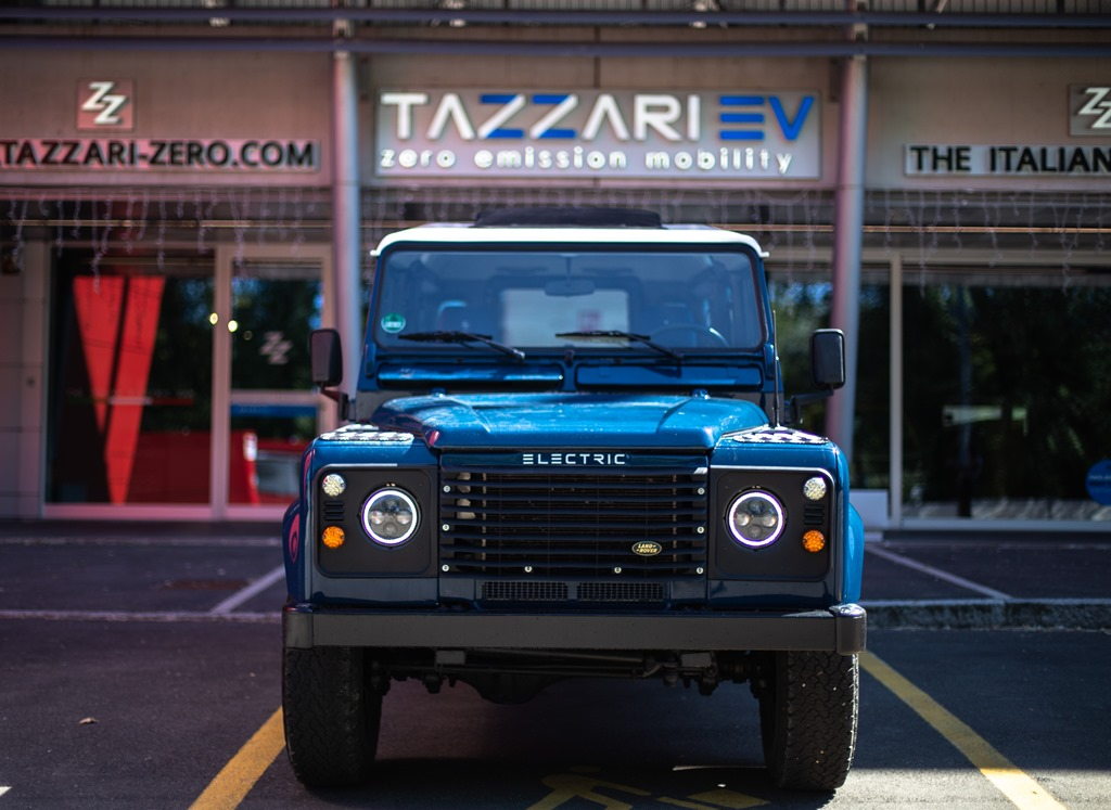 Tazzari-EV-Electric-Defender-2020_27