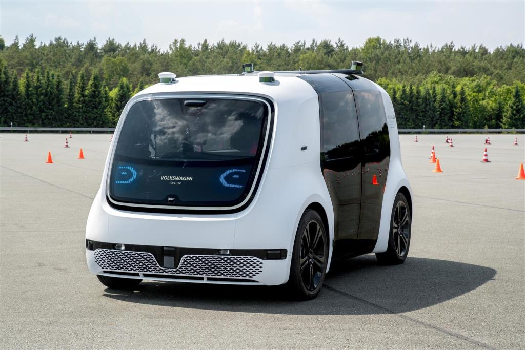 volkswagen_sedric_future_mobility_day_electric_motor_news_02