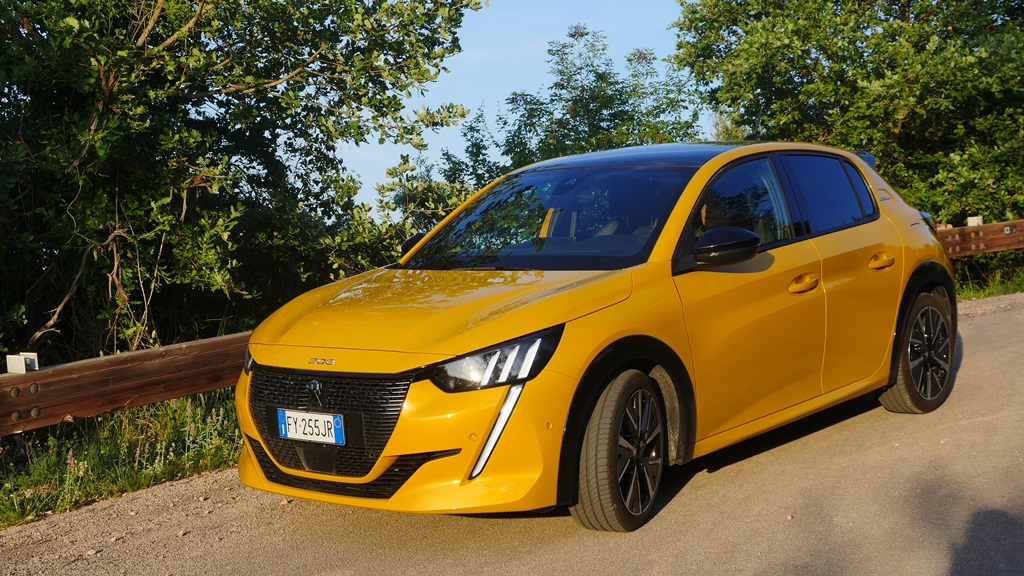 nuova_peugeot_208_electric_motor_news_03