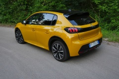nuova_peugeot_208_electric_motor_news_07