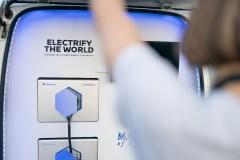 nissan_electric_icecream_van_electric_motor_news_15
