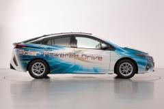 toyota_nedo_sharp_solar_battery_electric_motor_news_01