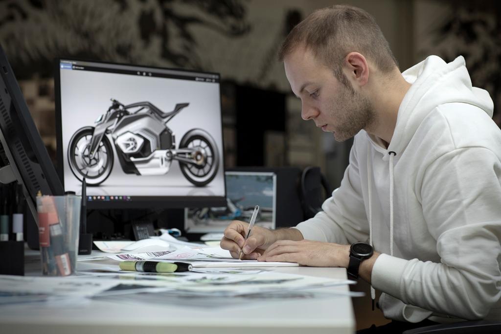 bmw_motorrad_vision_electric_motor_news_18