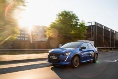 nuova_peugeot_e_208_vince_eco_electric_race_lituania_electric_motor_news_04