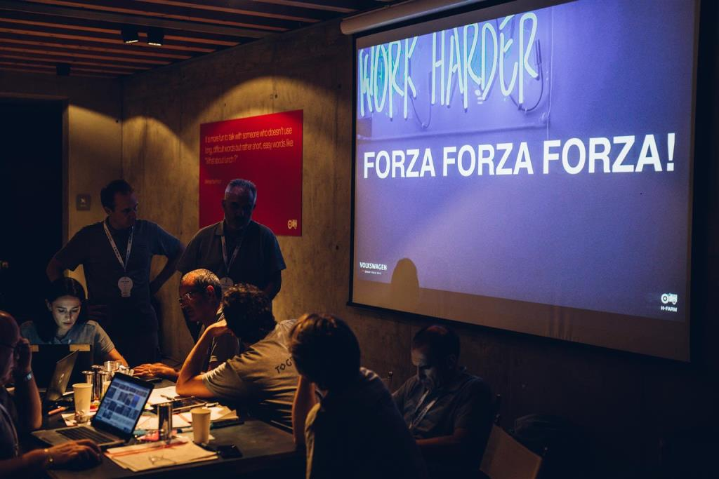 volkswgen_group_italia_hackathon_electric_motor_news_07