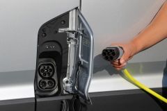 volkswagen_ecrafter_electric_motor_news_09