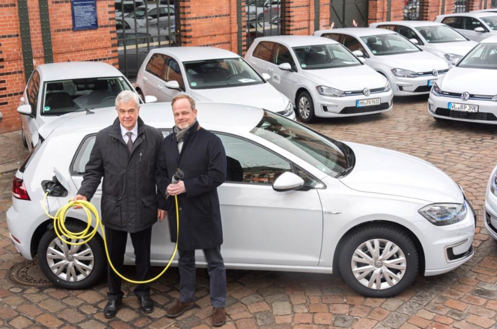 volkswagen_e-golf_amburgo_electric_motor_news_03