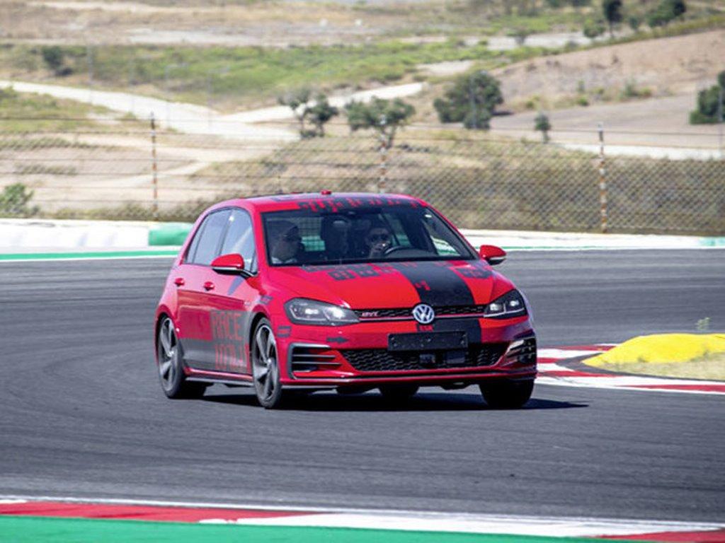 volkswagen_guida_autonoma_electric_motor_news_02