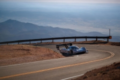 volkswagen_id-r_pikes_peak_ricarica_electric_motor_news_03