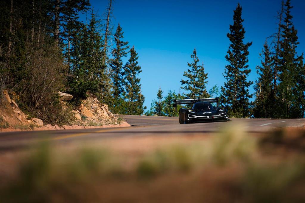 volkswagen_I.D.R_Pikes_Peak_electric_motor_news_15