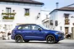 volkswagen_touareg_r_hybrid_electric_motor_news_02