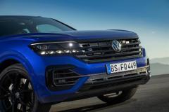 volkswagen_touareg_r_hybrid_electric_motor_news_04
