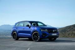 volkswagen_touareg_r_hybrid_electric_motor_news_12