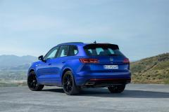 volkswagen_touareg_r_hybrid_electric_motor_news_13