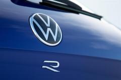volkswagen_touareg_r_hybrid_electric_motor_news_18