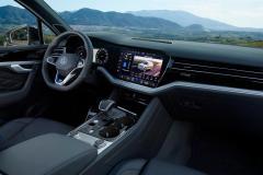 volkswagen_touareg_r_hybrid_electric_motor_news_22