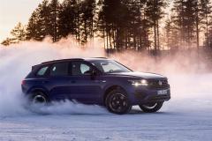 volkswagen_touareg_r_hybrid_electric_motor_news_31