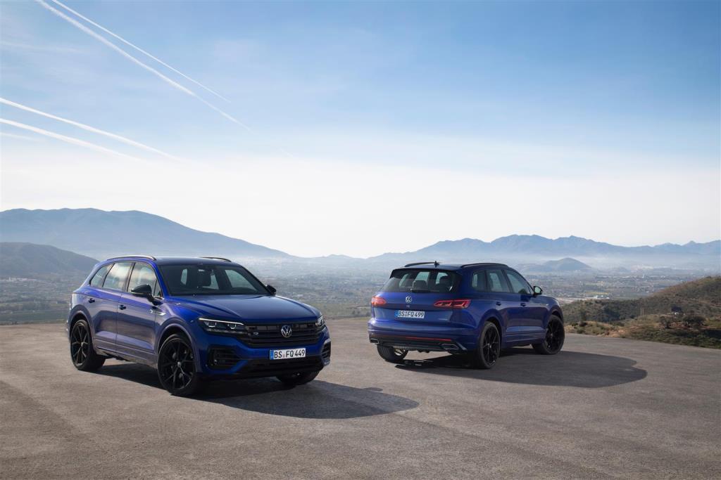 volkswagen_touareg_r_hybrid_electric_motor_news_26