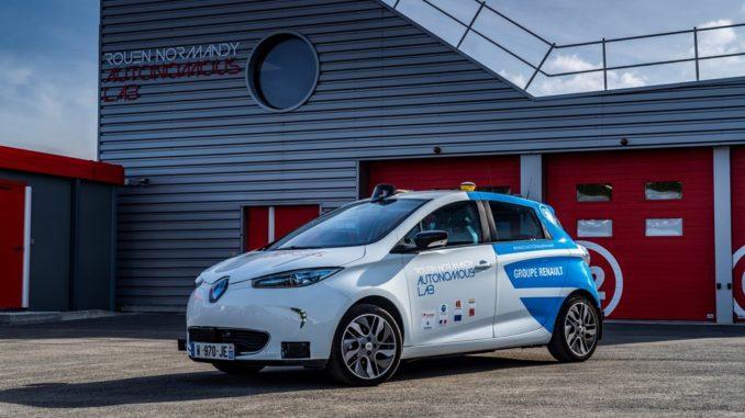 Rouen Normandy Autonomous Lab – Expérimentation Renault ZOE robot taxi
