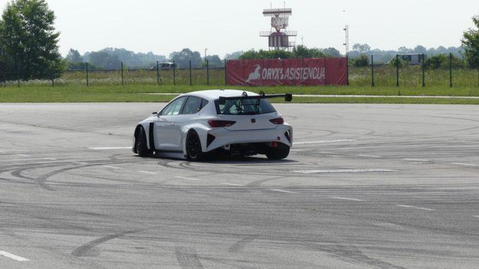 Test Cupra e-Racer
