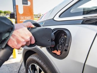 Chevrolet EVgo ChargePoint e Greenlots per ricarica