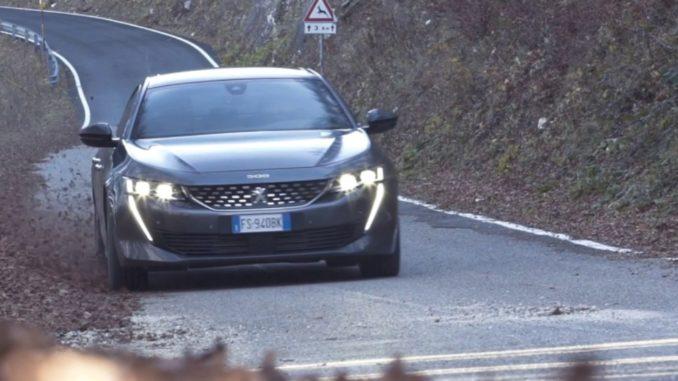 guida dinamica di Nuova Peugeot 508