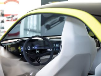Abitacolo Opel GT X Experimental