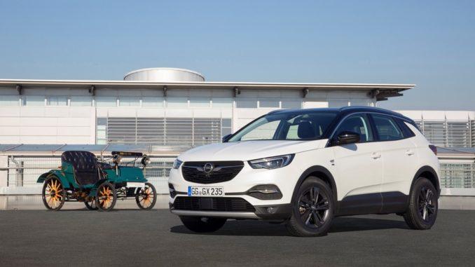 "sedili Opel nella Opel Grandland X ""120 Anniversary"":"