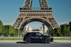 DS 7 Crossback Paris Fashion Week