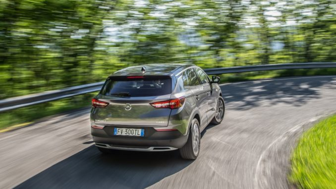 Opel Grandland X al Parco del Valentino