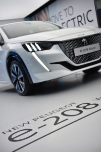 Peugeot e-208 al Fully Charged Live di Silverstone