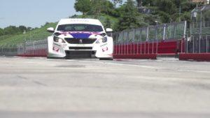 Vita dai Box con Peugeot 308 TCR