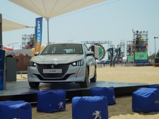 Jova Beach Party Peugeot e-208