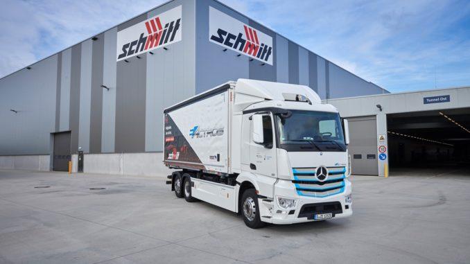 Mercedes-Benz eActros in prova operativa al Logistik Schmitt vicino Rastatt