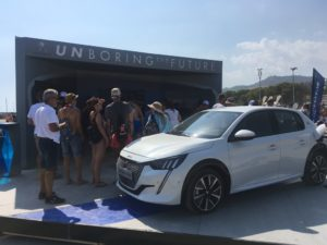 Jova Beach Party a Linate celebrato da Peugeot