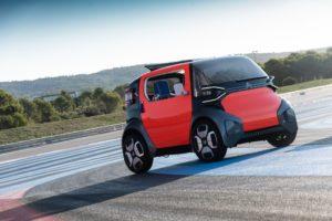 Dalle sue origini Citroën si è sempre concentrata nella ricerca di soluzioni tecnologiche all'avanguardia in termini di comfort per garantire il benessere di conducente e passeggeri.