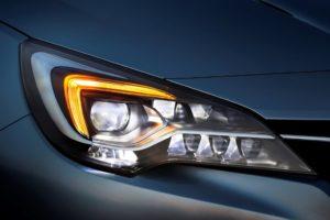 IntelliLux LED matrix di Opel Corsa, Astra e Insignia