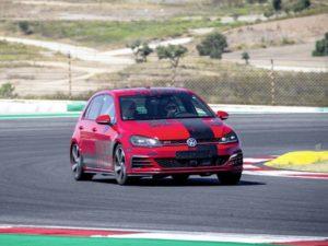 Volkswagen Group Innovation guida autonoma