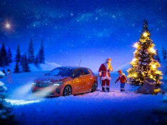 nuova Opel Corsa-e Babbo Natale
