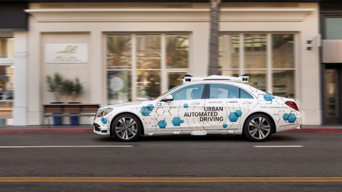 Bosch e Mercedes-Benz navetta guida autonoma