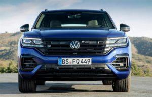 Volkswagen Touareg R SUV ibrido plug-in