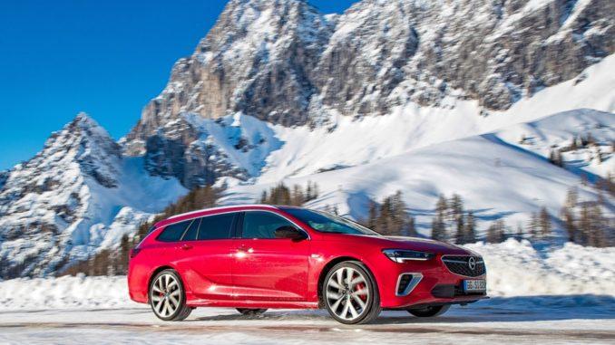 Nuova Opel Insignia GSi