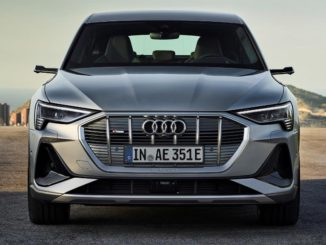 I proiettori LED Digital Matrix di Audi e-tron Sportback