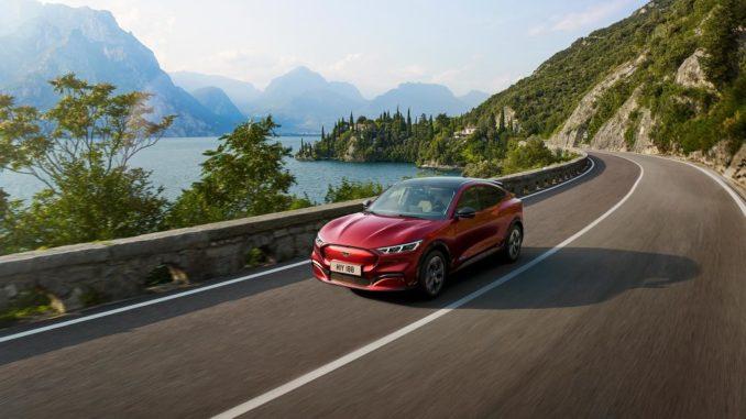aggiornamento Ford Mustang Mach-E