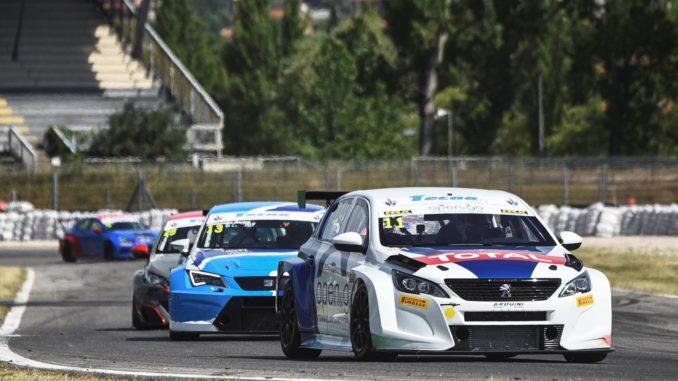 Nuova Peugeot 308TCR sul podio del Trofeo Supercup a Magione