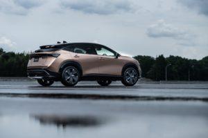 Nuovo logo Nissan per un nuovo orizzonte