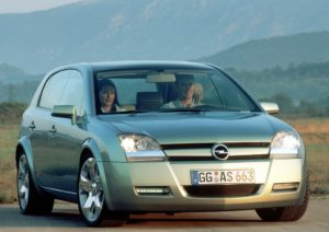 Storia. Vent'anni della Opel Signum2